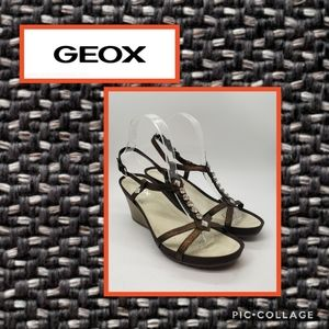 🌷$30🌷 Geox Bronze Jeweled Wedges Size 37